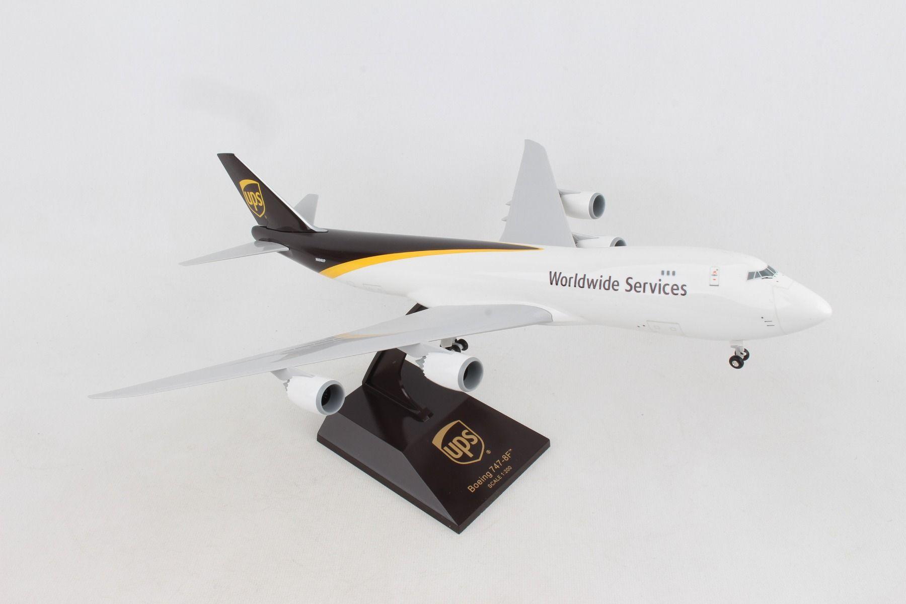 SkyMarks Flugzeugmodell United Parcel Service (UPS) Boeing 747-8F 1:200