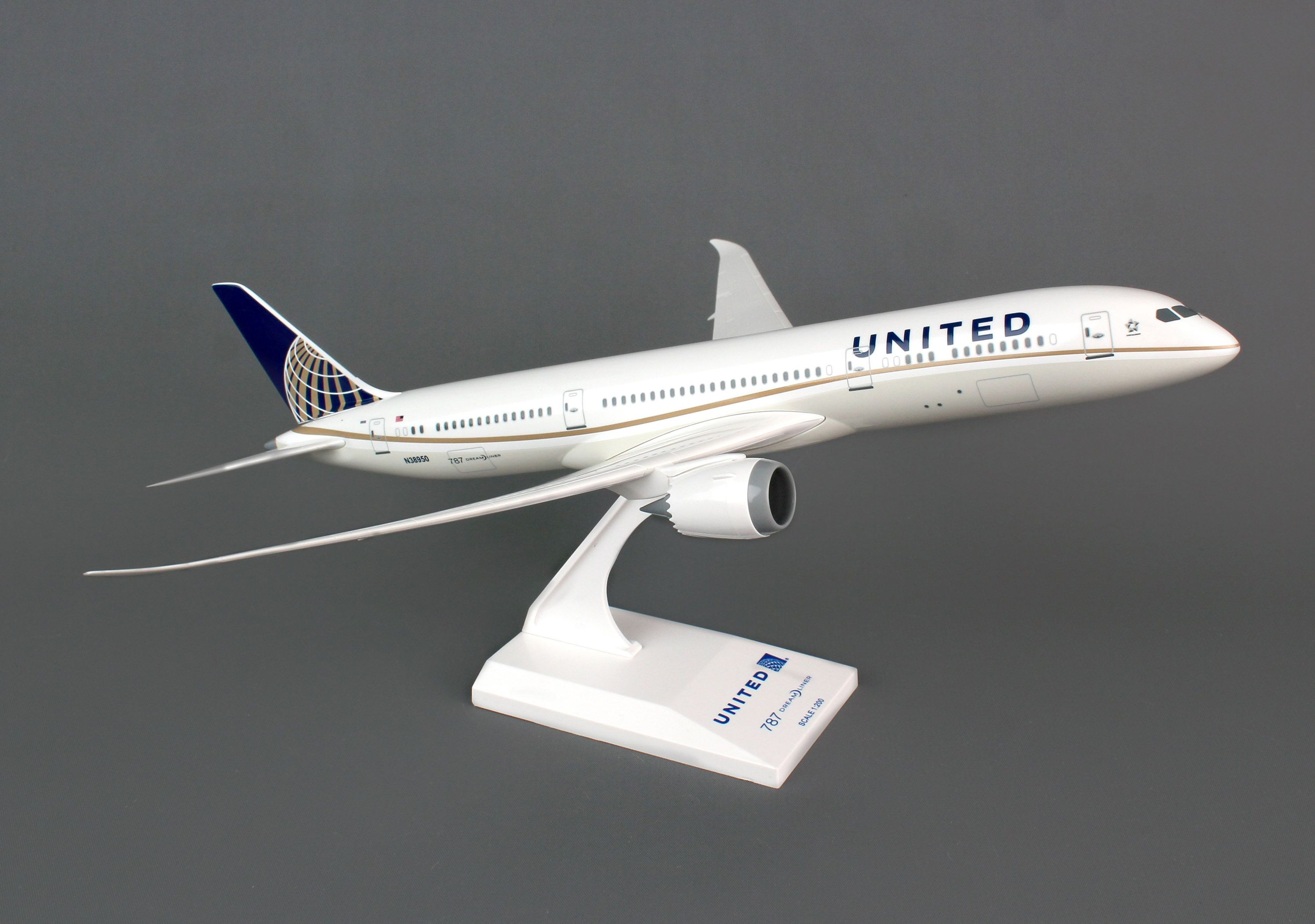 SkyMarks Flugzeugmodell United Airlines Boeing 787-9 Maßstab 1:200