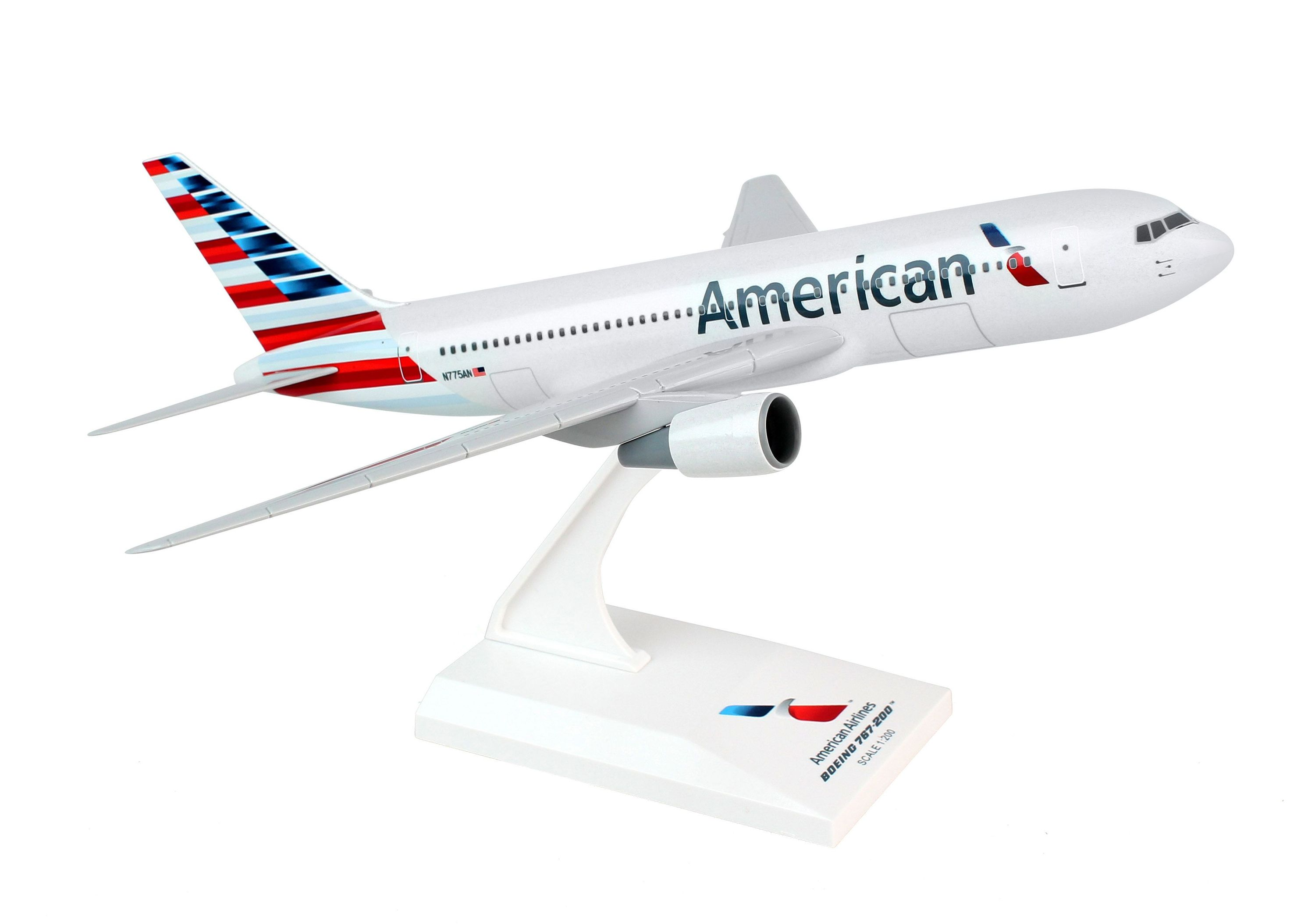 SkyMarks Flugzeugmodell American Airlines Boeing 767-200 Maßstab 1:200