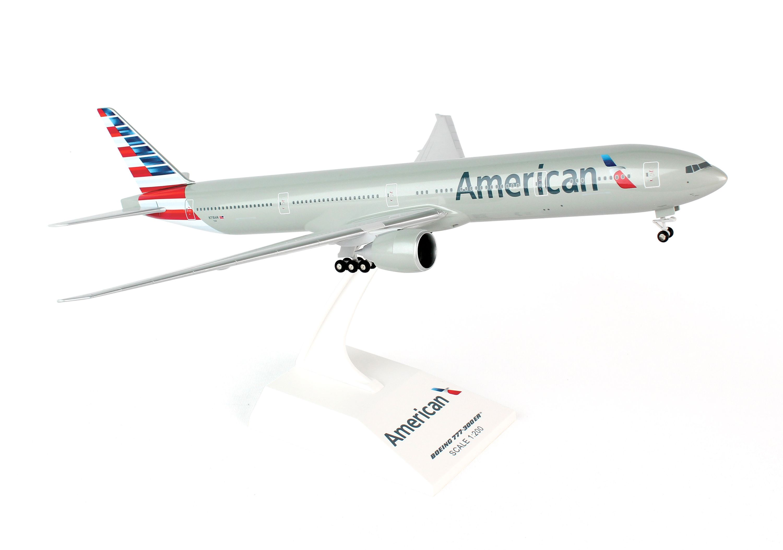 SkyMarks Flugzeugmodell American Airlines Boeing 777-300 Maßstab 1:200