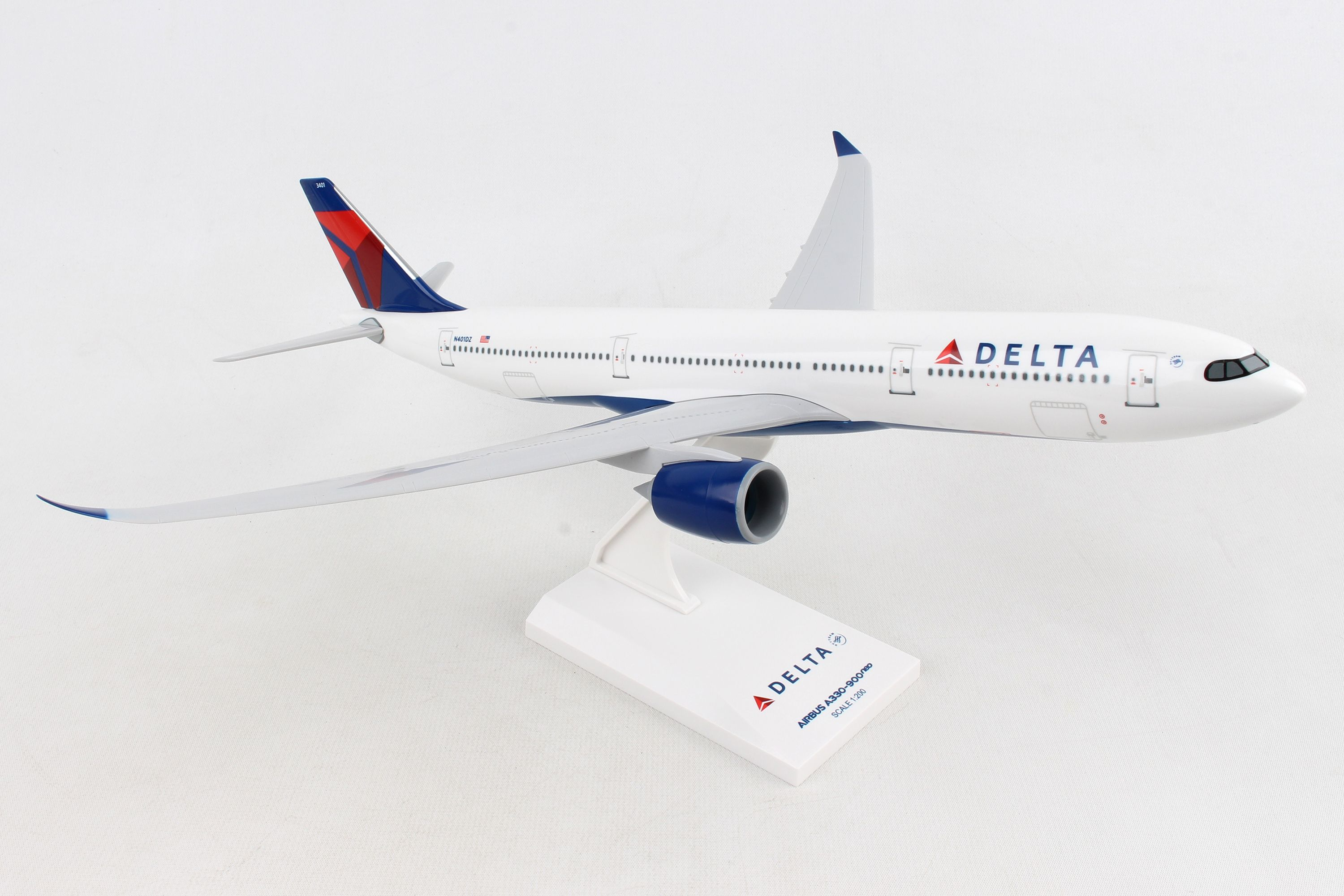 SkyMarks Flugzeugmodell Delta Airlines Airbus A330-900neo Maßstab 1:200