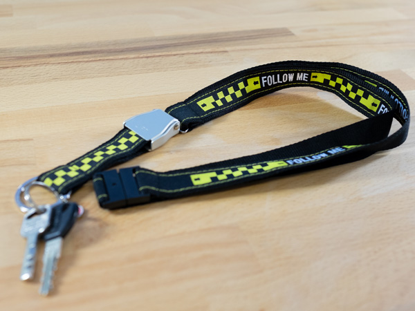 "RBF-Originals Schlüsselhalsband (Lanyard) ""FOLLOW ME"" mit Mini-Seatbelt-Schnalle"