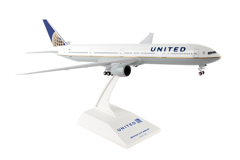 SkyMarks Flugzeugmodell United Airlines Boeing 777-300ER Maßstab 1:200